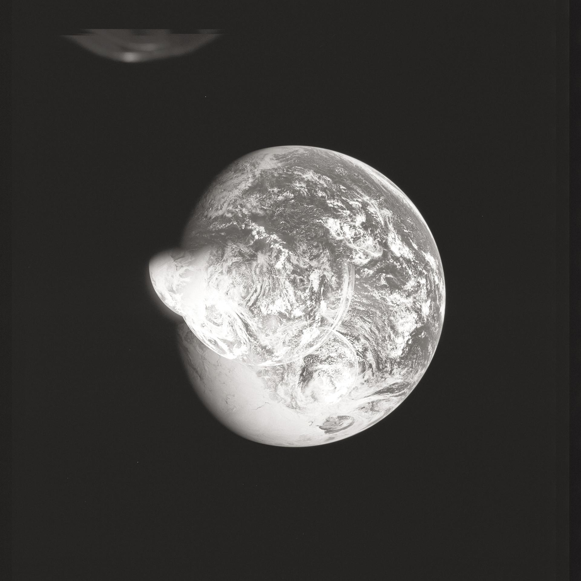 Apollo 16    AS16. Rollo 118. Fotogramas 8590 al. 21 de abril de 1972.